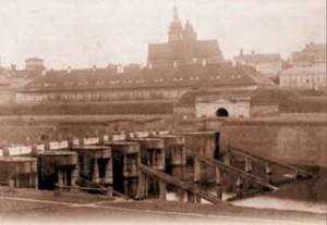 Moravský pevnostní most s ledolamy (kobylami) (konec 19. stol.)